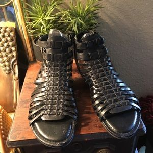 Vince Camuto size 8.5